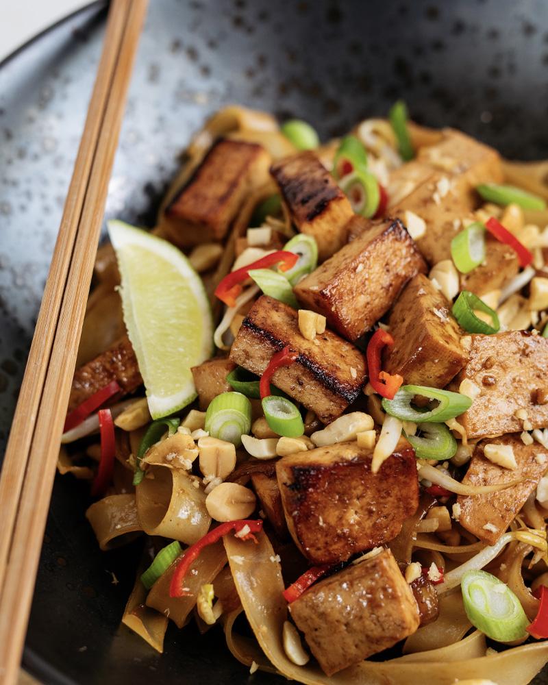 Vegan Tofu Pad Thai Image